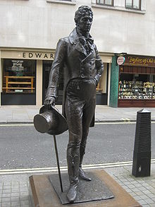 statue of Beau Brummell by Irena Sedlecká in London's Jermyn Street, 2002
