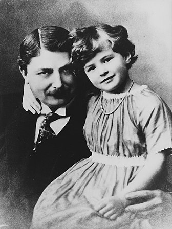 Ingrid Bergman with her father, Justus Bergman when she was 9 years old, 1924