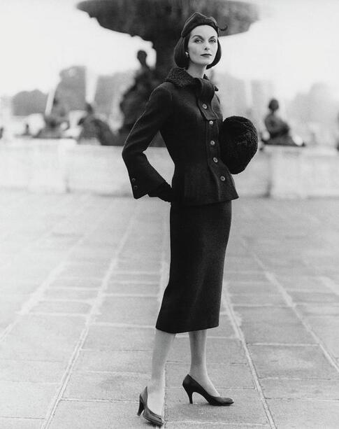Anne Sainte Marie in Jean Jacques suit, photo by Henry Clarke