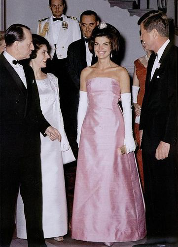 Jackie Kennedy in pink strapless dupioni gown with her husband Jack Kennedy 11 May 1962 in honour of Andres Malraux, the minister of State for Cultural Affairs of France.