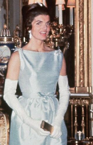 Jackie Kennedy wearing blue silk shantung evening dress for dinner hosted by Queen Elizabeth II on her state visit to England, Buckingham Palace London, 5 June 1961
